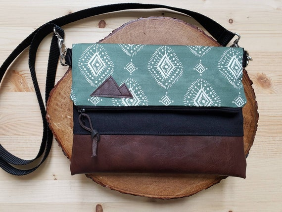 Foldover crossbody/Sage Henna print/Black zipper/Black canvas reverse/Black nylon adjustable strap/Mountain or Montana patch
