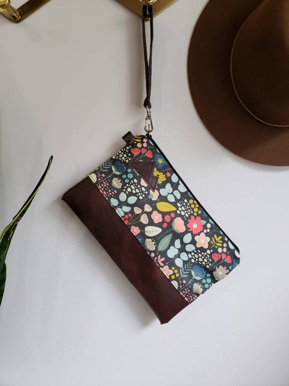 Wrstlet Grab & Go Clutch/Bold Floral print = front and back/Black zipper/Montana or Mountain patch