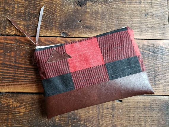 Grab and Go Clutch/Large print buffalo check canvas red&black/White zipper/Vegan leather details/Montana or Mountain patch options
