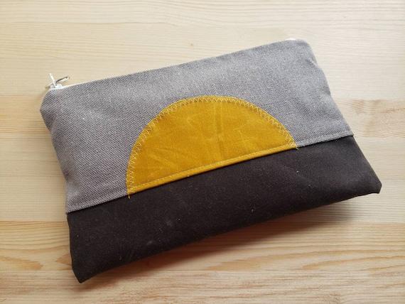 Sunburst Grab & Go Clutch/Gray medium weight textured linen - front and back/White zipper/Vegan leather details/Waxed canvas details