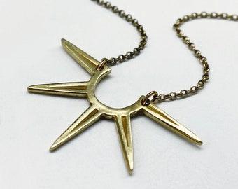 Half Spur necklace