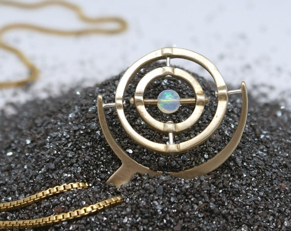 Gyroscope pendant necklace - 3-axis with Opal
