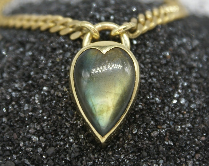 Heartlock necklace - large labradorite