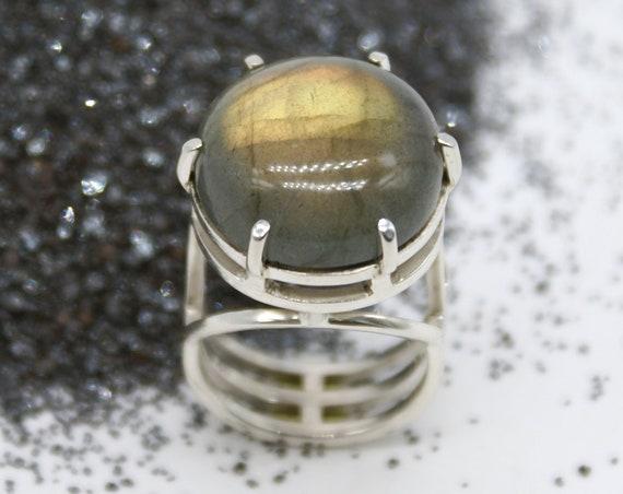 Structure Series - Labradorite