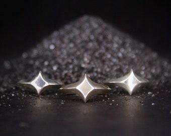 Star Signet ring - sizes 6.5-8.5