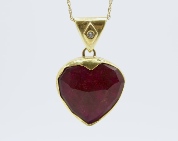 Ruby heart with diamonds