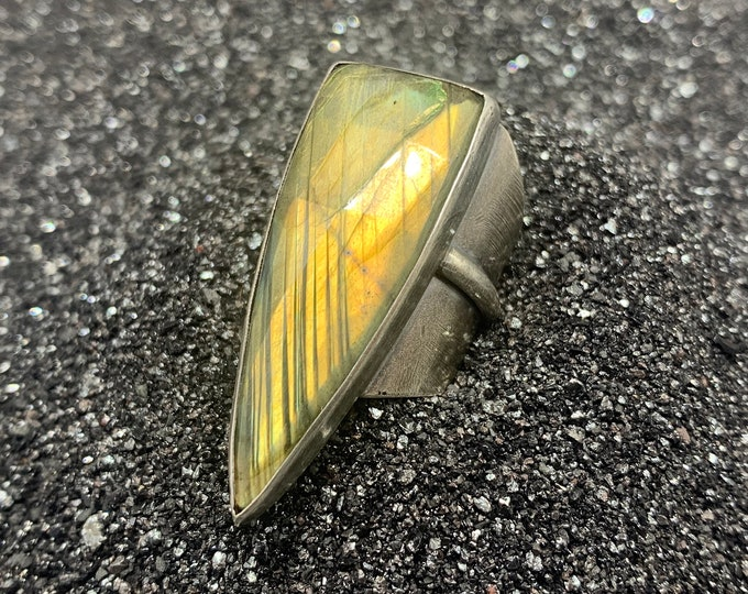 Labradorite Shield Ring - sterling silver, size 9-9.5