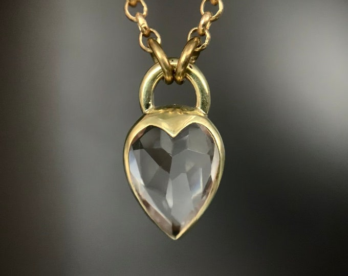 Heartlock necklace - faceted quartz