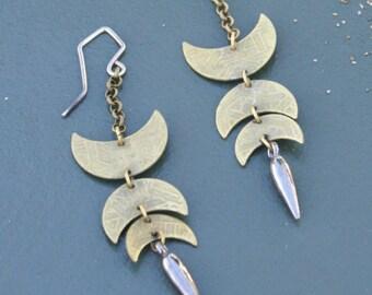 the Crescent Dagger earring
