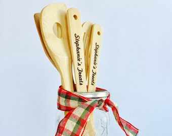 Personalized Cooking Utensils, Engraved Christmas Gift, Personalized Kitchen,  Personalized Spatula, Teacher Gift, Personalized Wood Spoons