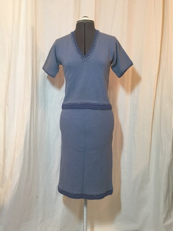 4f603f145d Early 60s Hand Knit Sweater and Skirt Set Medium Blue Creped