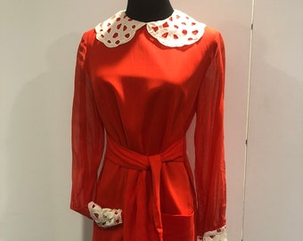 Original early 1960s Bobby Brooks cherry red mod day dress with lace collar and cuffs  gauze cotton dress