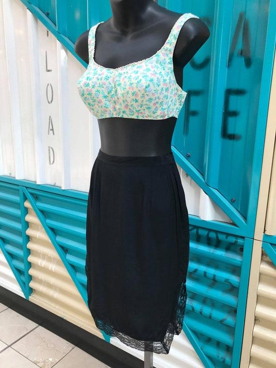 Vintage 1940s Black Half Slip Skirt with Lace Trim