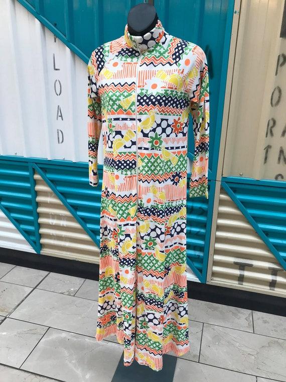 "1970s ""Loll Ease"" Novelty Print House Dress"