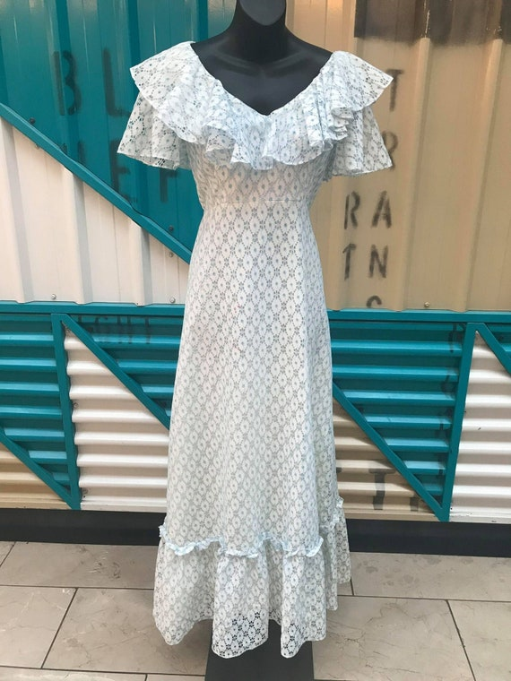 60s 70s White & Eggshell Blue Lace Prairie Dress