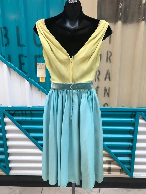1960s 'Minx Modes' Deadstock Chiffon Two-Toned Co… - image 4