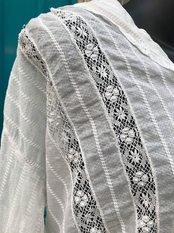 RARE ANTIQUE 1910s White Lace Blouse - image 3