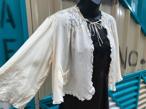 """30s 40s """"Trousseaux by Terris"""" Ivory Bed Jacket Wi"""