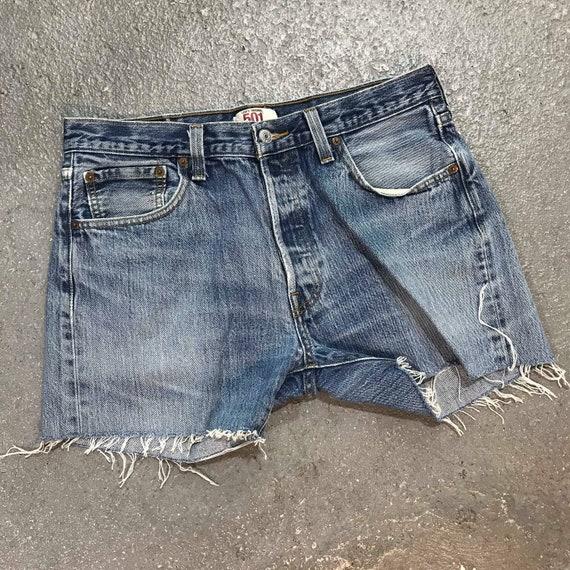 """Vintage Levi's 501 Denim Shorts 34"""" Waist"""
