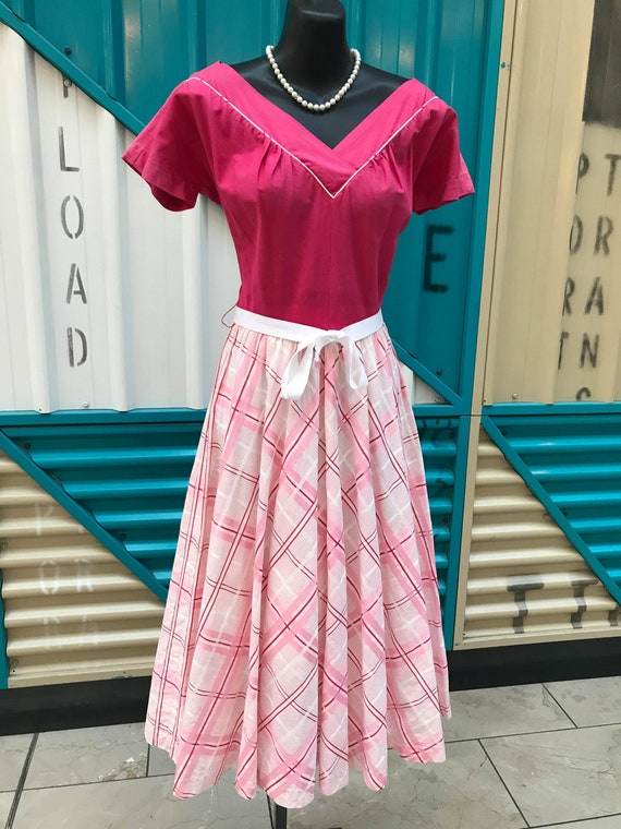 "1940s ""Junior Fashions by Carole King"" Pink Plaid"