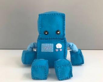 Felt robot softie - blue