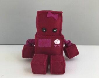 Felt robot - maroon