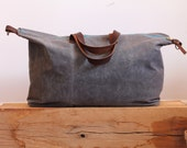 Waxed Canvas Weekend Getaway Bag Grey