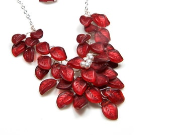 Red Bridal Necklace, Red Bib Necklace, Bridal Jewelry,  Floral Red Statement Necklace, Nature Jewelry, Gift for Her, Prom Necklace