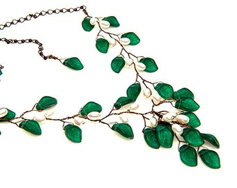 Emerald Green Statement Necklace, Floral Necklace, Green Bib Necklace, Bridal Jewelry,