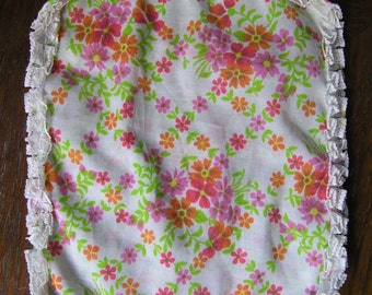 Vintage Handkerchief Bag, Vintage Handkerchief Pouch, Floral Handkerchief Holder, Pouch, Bag for Handkerchief, Floral Hankie Purse