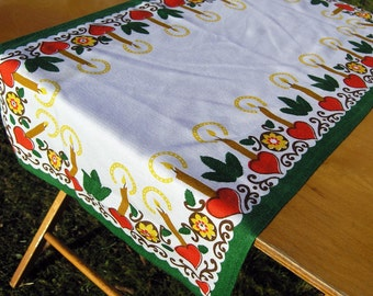 Vintage Table Runner, Mid Century Christmas Table Runner Hearts Candles Leaves Flowers, 1970s Table Decoration, Christmas Table Topper