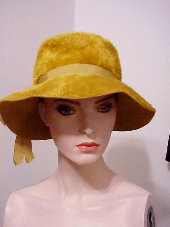 Vintage Fedora   Phenomenal 1970's High Fashion A… - image 3