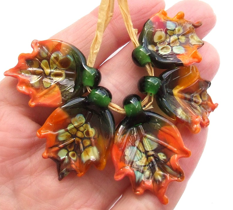 Fall Leaves Earthly Colors Glass Leaves Made to Order !! Set of 5 Detailed Leaf Beads Lampwork Glass Leaves for Jewelry Making