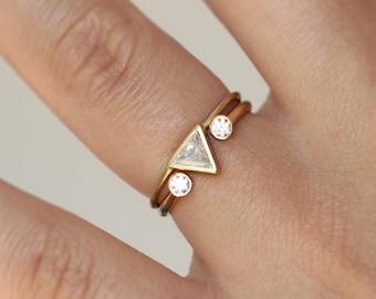 Trillion Diamond Ring Set, Modern Wedding Ring Set, Wedding Band Set, Triangle Ring, Minimalist Engagement Ring, Diamond Wedding Band