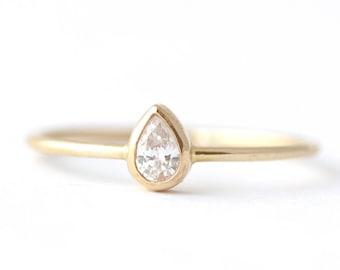 Pear Diamond Ring, Pear Engagement Ring, Pear Cut Ring, Dainty Ring, Thin Diamond Ring, Simple Engagement Ring, Tear Drop Ring