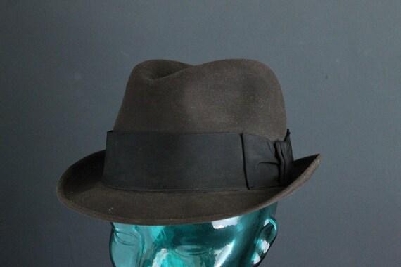 af4a83214a7 Dobbs Golden Coach Men s Fedora Style Vintage Hat