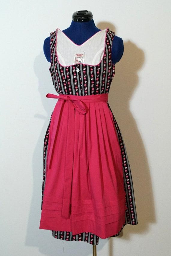Dirndl with apron, black rose traditional dress, d