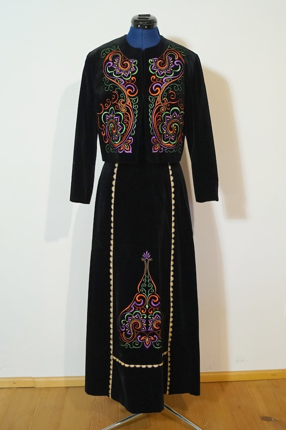 Dirndl dress, black velvet, embroidery, size 40/M