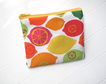 Small purse yellow zipper with Lemons