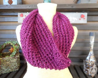 Hand knit Cowl    Hand Knitted Cowl