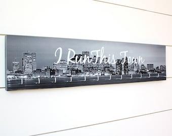Boston Medal Holder - I Run This Town - Large (Black & White)