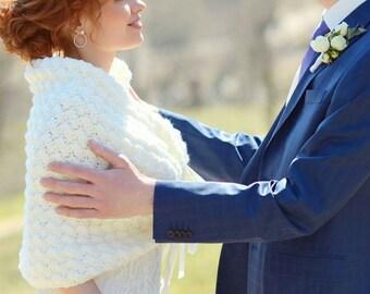 Gift for Her, Ivory Bridal Capelet, Wedding Gift, Romantic Wedding Capelet, Crochet Bridal Shrug, Bridal Shawl, Knit Wedding Shawl and Wrap