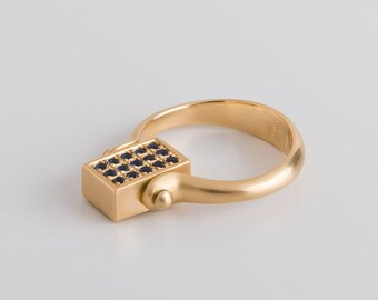 Rolling Ring with Sapphire Baguette & Tiny Sapphires, Two Faces Ring, Men's Statement Ring, 18k Gold Ring Saphire Baguette Ring Two Sides