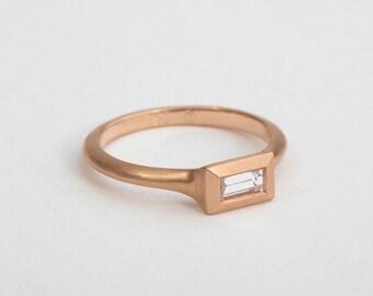 18k Rose Gold Diamond Ring, 14k Rose Gold Baguette Ring, Minimalist Baguette Diamond Ring,Simple Engagement Ring,Solitaire Ring