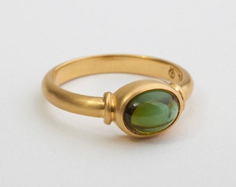 Oval Green Tourmaline Ring, Cabochon Ring, Gemstone Solitaire Ring, 18k Gold Tourmaline Engagement Ring,Women Bezel Ring