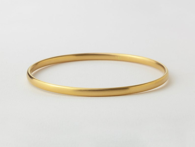 f62c01129 18k Solid Gold Bangle Bracelet 14 / 18 Karat Gold Simple   Etsy