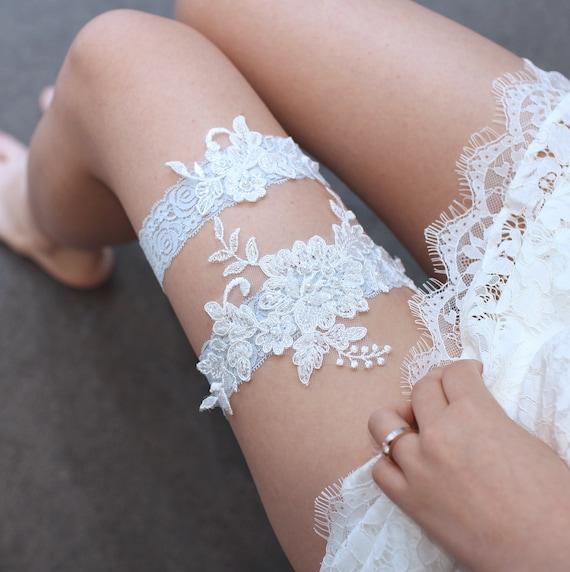 T43 Something blue Wedding garter set,Rhinestone flower lace garter,Bridal wedding garter set,Detail lace keepsake garter toss garter