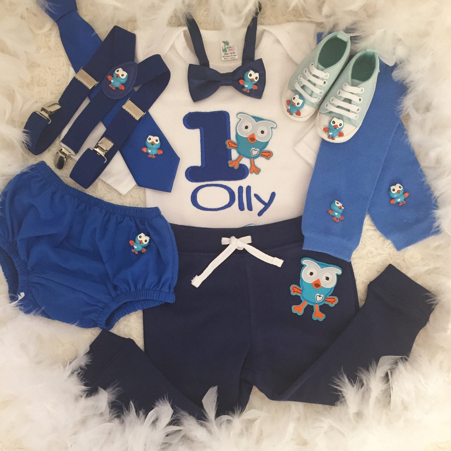 7pc set Giggle and Hoot inspired boys Birthday tie,suspenders,shoes,bib outfit- includes personalised Top,bottom,bow tie,suspenders,shoes,bib Birthday and partyhat 6578ad