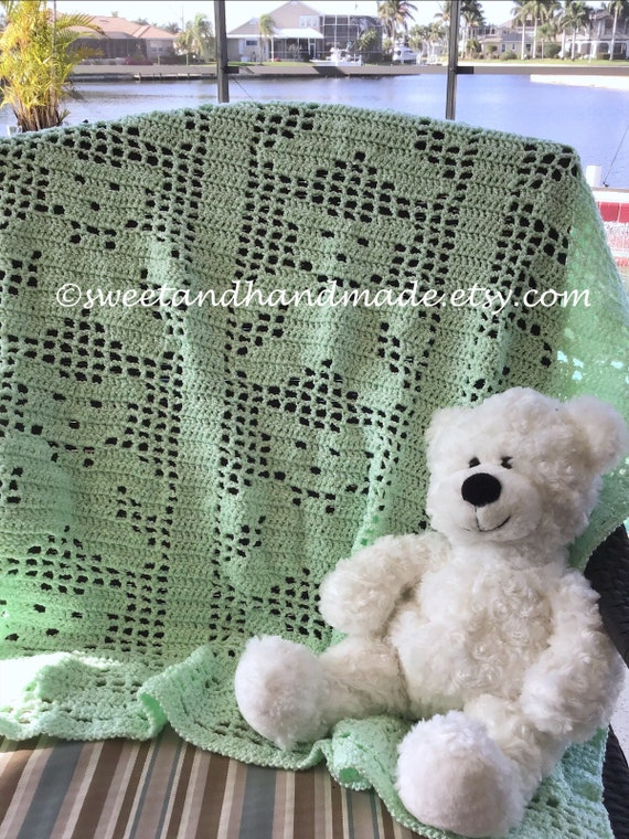 SALE Teddy Bears on Parade Filet Crochet by KendallsCrochet ... | 760x570
