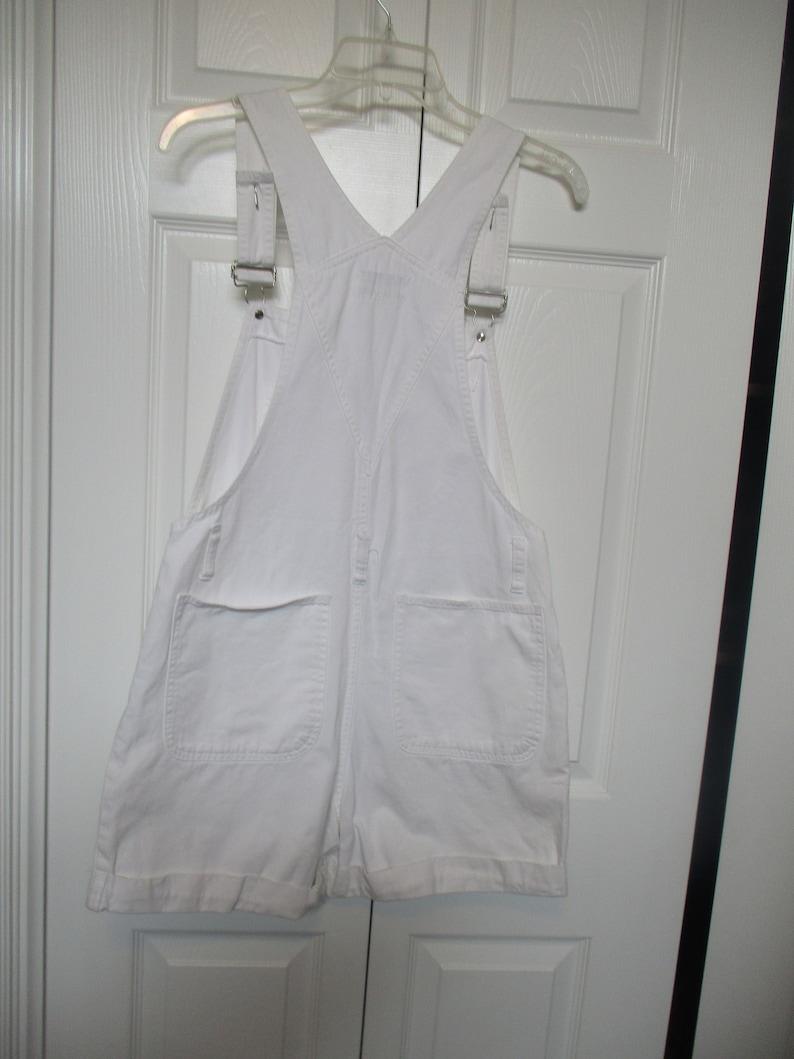 Women\u2019s Vintage Contempo Casuals bib Overall shorts Size S white cuffed 30X3 12